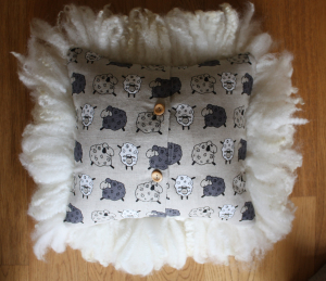 Shaggy locked Mule cushion (back)